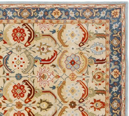 Pottery barn Eva 8'X10' Persian wool Area rug carpet
