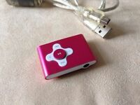 SWEEX CLIPZ MP3 PLAYER WITH HUGE MEMORY + CONNECTION CABLE