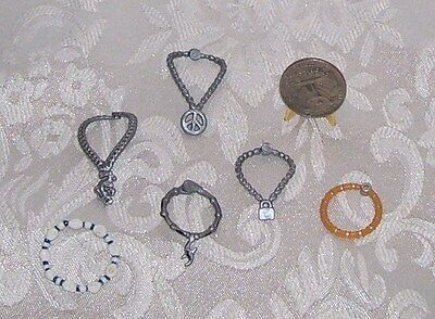 Fits Monster High Boy Dolls Mga Lot Of Jewelry Necklaces