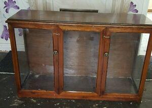 Vintage shop display counter/cabinet