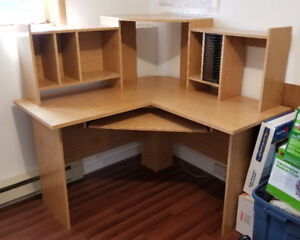 Desk - Great condition