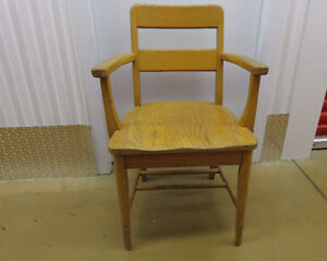 antique wooden chairs West Island Greater Montréal image 1