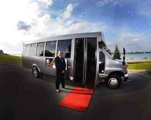~Limo Bus with WIFI and DJ service for *Special Event's*~ Windsor Region Ontario image 2