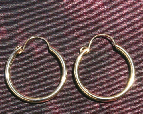 A & Z GORGEOUS 14K GOLD FILLED 20MM ROUND  HOOP EARRINGS