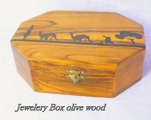 Vintage Jewellery Box – 8 sided, solid olive wood, lined