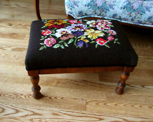 Vintage Needlepoint Wood Foot Stool - Decorative Flower Pattern