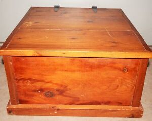 """SOLID WOODEN CHEST  25 X 23 X 13"""""""