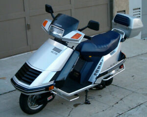 1985 Honda Elite (Collector)