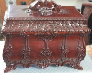 Keepsake box/ treasure box