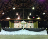 Upgrade your Head Table with a Custom Wedding Backdrop Rental