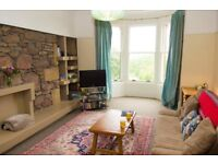 Large 3 bedroom Flat available for 1st Sept - 31st May with amazing views of Meadows, Castle.