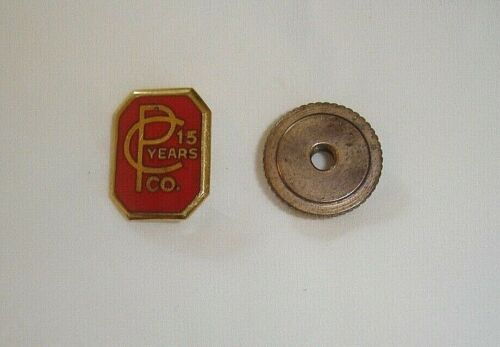 C P Co 15 Years Lapel Pin In 10K Gold With Screw Back - PreOwned