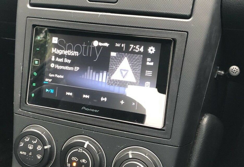 Pioneer Sph Da120 Apple Carplay Double Din Stereo In Poole Dorset Gumtree