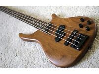 Vintage V940 Bubinga Bass in hard case, Excellent condition