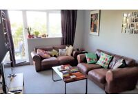 BOURNE PINES, BOURNEMOUTH. 2 bedroom flat