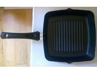 New without Tag: Marks & Spenser 25cm Non-Stick Healthy Grill Pan