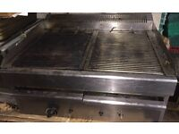 Commercial Gas Grill with Water