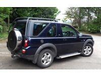 Fantastic Land-Rover Freelander SE H/B. Petrol. 1796cc. Blue.