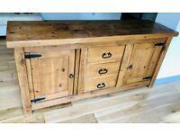 Beautiful large solid oak sideboard