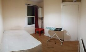3 Large Double Rooms to let in East Ham/Manor Park
