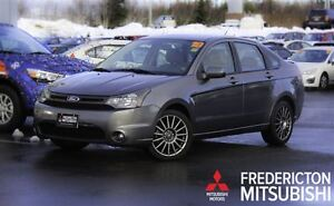 2010 Ford Focus SES! AUTO! HEATED SEATS! ONLY 53K!