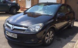 Vauxhall Astra Panoramic Hatchback 1.8 Design Black 1 Owner