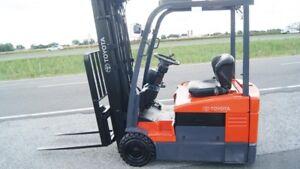 2012 Chariot élévateur/Forklift, Toyota 7FBEU18
