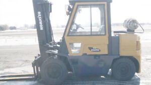 2000 Chariot élévateur/Forklift, Komatsu FG40TT-6