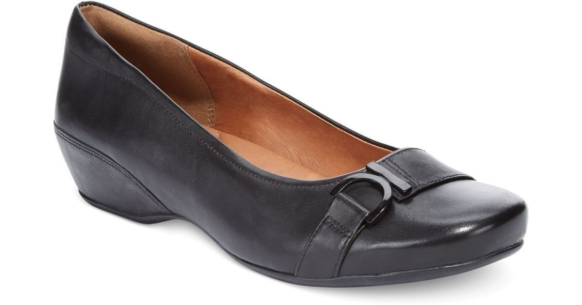 NEW Womens Clarks Artisan Concert Band Slip-Ons Black Leather Flats Sz 5.5M to 6