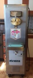 Ice cream machine Riviera Solid, heavy duty and reliable