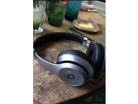 Brand New Beats Solo 2 Wireless Headphones
