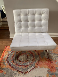 Barcelona Chair, White Italian Leather, Stainless Steel Base