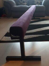 Slim Gym gymnastics beam
