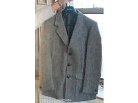Men's Harris Tweed jacket from Dunn & Co in immaculate condition 40 inch chest