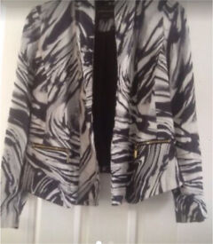 Size 8 river island jacket immaculate condition worn once