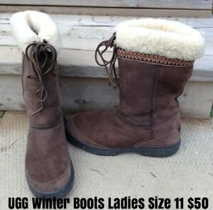 Ladies Size 11 Winter Boots