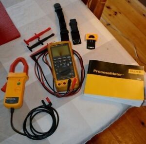 FLUKE 789 Process meter, i1010 Clamp on Ammeter, VIP Kit