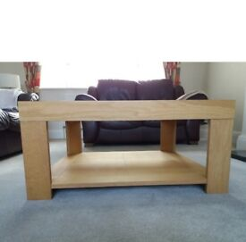 Lovely light wood coffee table