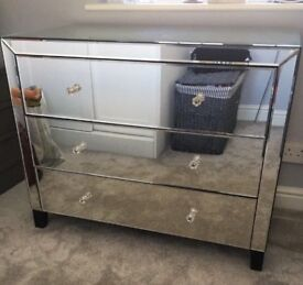 LARGE MIRRORED CHEST DRAWERS COST 600 CAN DELIVER