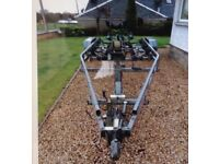 BOAT TRAILER ,TWIN AXLE ,BRAKED for 23ft Hull ,,,MUST BE GOOD