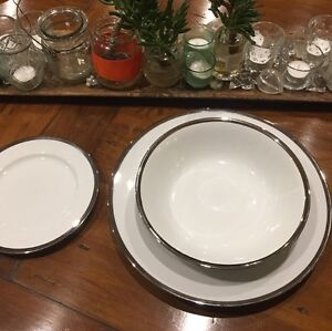 Country Road Dinner Set for 12, beautiful silver edging Mosman Mosman Area Preview