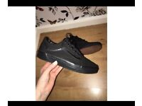 Women's Old Skool Vans Uk Size 4