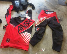 Chest armour pants top and gloves dirt bike clothing ansr clothing Point Cook Wyndham Area Preview