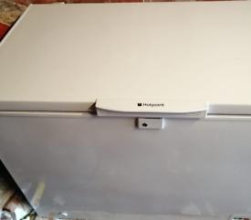 Hotpoint Large Chest Freezer