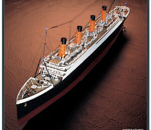 RMS-Titanic-Model-Kit-Ship-ACADEMY-Movie-Legend-Sink-Sunk-Sinking-1-400-Scale