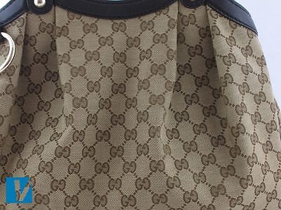 4b05847bc88ae Some Gucci handbags feature the double GG Gucci logo on the exterior. The  left G faces forwards and the right G faces backwards.