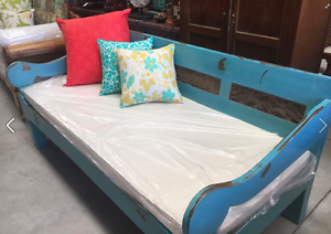 Balinese Teak Daybed Cardiff Lake Macquarie Area Preview