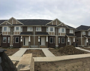 Great Stonebridge Townhouse for Rent Available Now