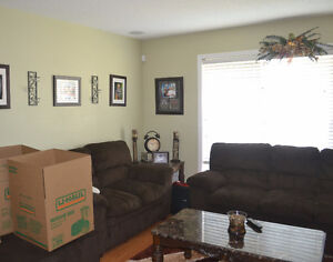 Duplex House in Silverberry - by REC Center - Apr occupancy