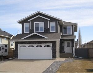 Quality 2 Storey Home in Creekview shows Amazing! Camrose